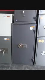 Огнеупорни сейфове за пари, с усилена конструкция